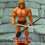 Oo-Larr action figure from the Masters of the Universe Classics line. Find other figures, weapons, vehicles, and accessories using the Weapons Rack.