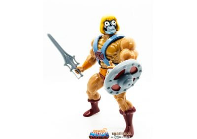 Robot He-Man Vintage Super7 Masters of the Universe Figure geared up